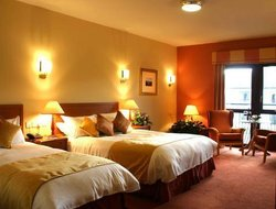 Donegal hotels with restaurants