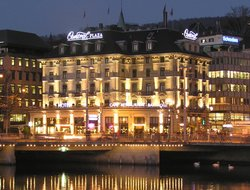 Zurich hotels with river view