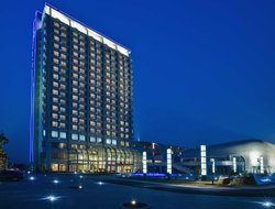 Jiaxing hotels with swimming pool