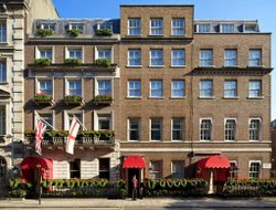 London hotels with Russian personnel