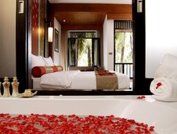 Khao Lak hotels with restaurants