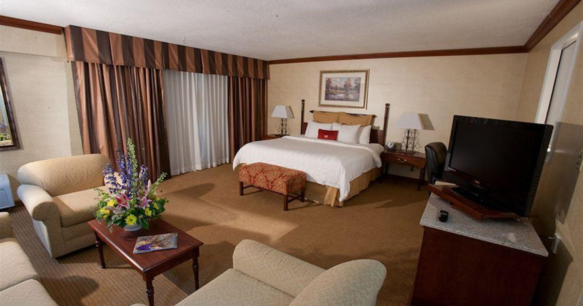Crowne Plaza Resort Asheville