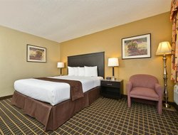 Chula Vista hotels with restaurants