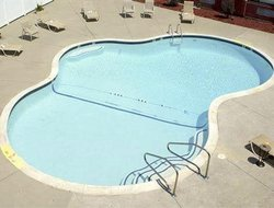 Brockton hotels with swimming pool