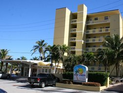 Lauderdale-By-The-Sea hotels with sea view