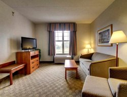 Top-3 hotels in the center of North Aurora