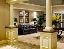 Burlington hotels for families with children
