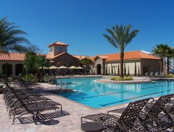 Championsgate hotels with swimming pool
