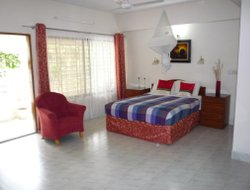 Bangladesh hotels with restaurants