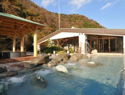 Hakone hotels with river view