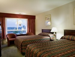 Penticton hotels with restaurants