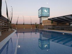 Cordoba hotels with swimming pool