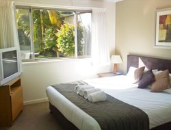 Port Macquarie hotels with swimming pool