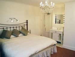 Top-3 romantic Portsmouth hotels