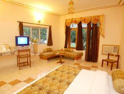 Pets-friendly hotels in Garjia