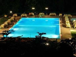 Polizzi Generosa hotels with swimming pool
