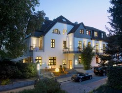 Kettwig hotels with restaurants