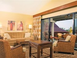 Kona hotels for families with children