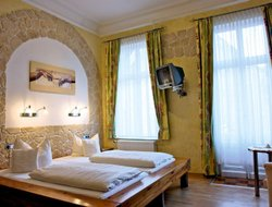 Braunschweig hotels with restaurants