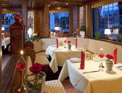 Bochum hotels with restaurants