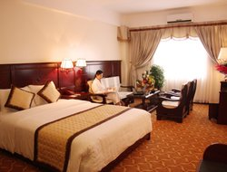 Haiphong hotels with swimming pool