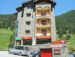 Pets-friendly hotels in Arinsal