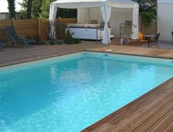 Ile de Re Island hotels with restaurants