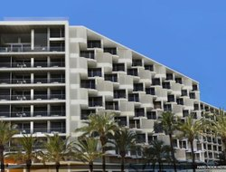 Top-4 hotels in the center of Playa d'en Bossa