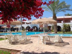 Nasca hotels with swimming pool