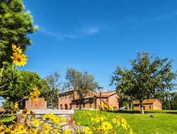 Tarquinia hotels with swimming pool