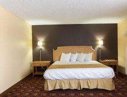 Business hotels in North Canton