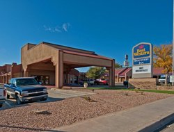 Tucumcari hotels with swimming pool