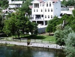 Bosnia And Herzegovina hotels with restaurants