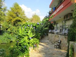 Top-6 hotels in the center of Cavuskoey Adrasan