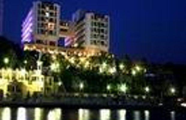 фото Fantasia Deluxe Hotel 228166871