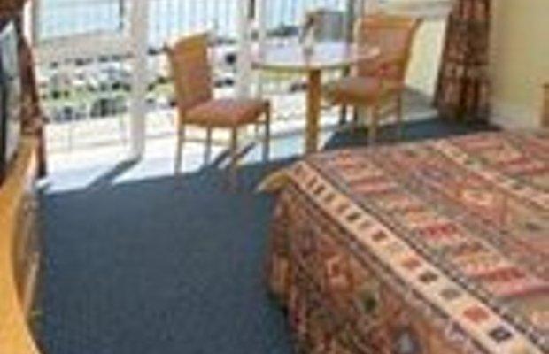 фото Ocean Cove Hotel 228668602