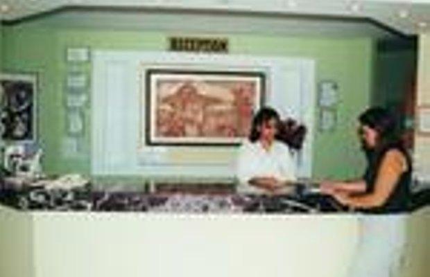 фото Hotel Merriment 228725152