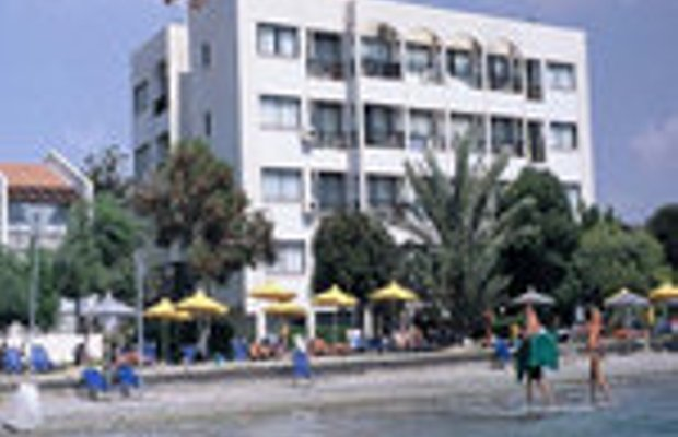 фото Michael`s Beach Hotel Apartments 228728066
