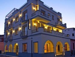 Top-7 hotels in the center of Castiglione della Pescaia