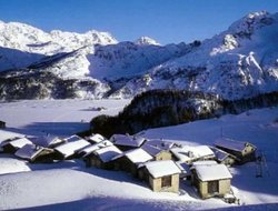 Top-8 hotels in the center of Sils Maria