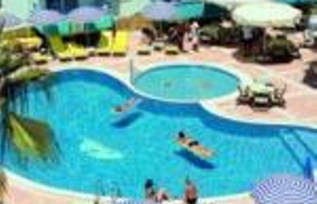 фото Risus Suit Hotel 228968750
