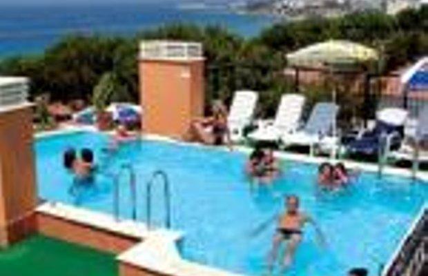 фото Rosy Suites Hotel 228985750