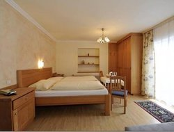 Pets-friendly hotels in Goldeggweng