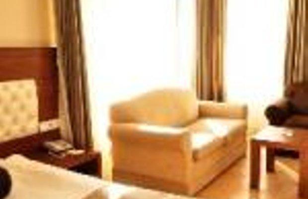 фото The Corner Park Hotel 229150764