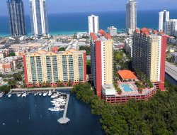 Miami Beach hotels with lake view