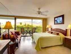 Top-4 hotels in the center of Lahaina