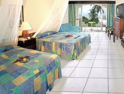 Diani hotels with restaurants