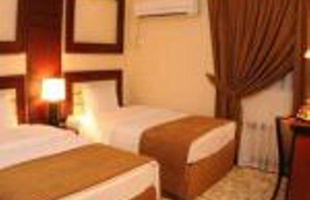 фото La Villa Palace Hotel 248896113