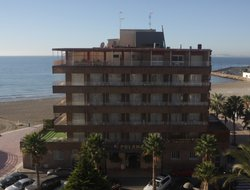 Top-3 hotels in the center of Santa Pola