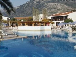 Nea Makri hotels with swimming pool